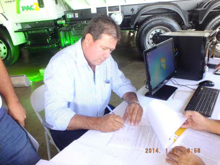Região recebe primeiros caminhões-caçamba do PAC 2