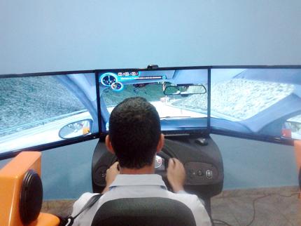 Autoescola de Nova Luzitânia oferece simulador veicular aos alunos