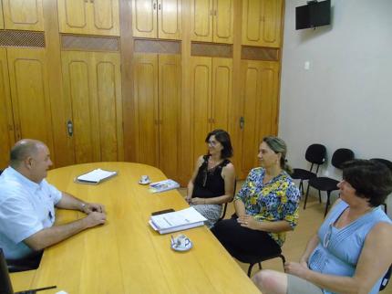 Administração e Educação buscam soluções e parcerias para melhorar o ensino