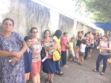 Acessa SP leva pessoas para regularizar RG em Araçatuba
