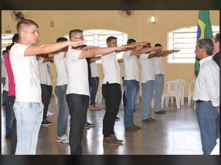 Jovens recebem CDI em Nova Luzitânia