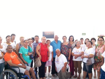 Grupo da 3ª Idade faz campanha em Prol Ritinha Prates de Araçatuba