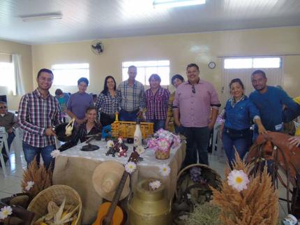CRAS de Nova Luzitânia promove almoço sertanejo ao Grupo Vida