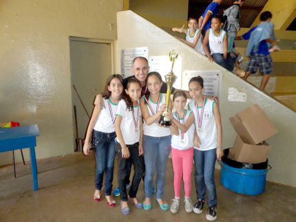 Crianças de Nova Luzitânia alcançam 1º lugar em Xadrez no JEESP