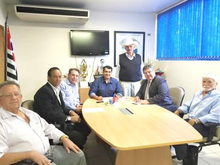 Prefeitos da região buscam recurso para o esporte