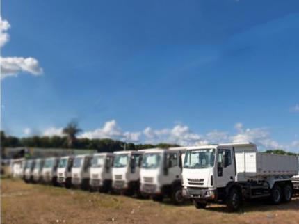 Prefeitos da Região recebem Caminhão caçamba do governo federal
