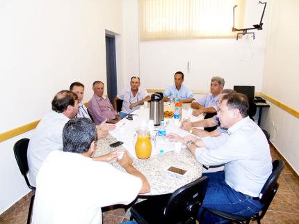 Prefeitos da FRIM se reúnem em Nova Luzitânia