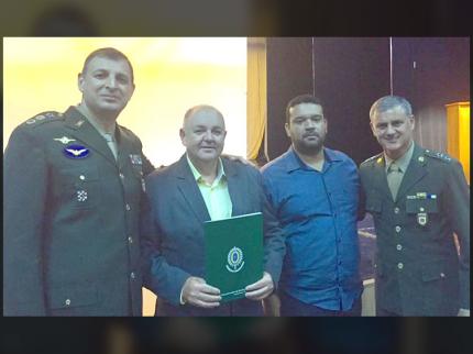 Prefeito Laerte toma possa da Junta Militar