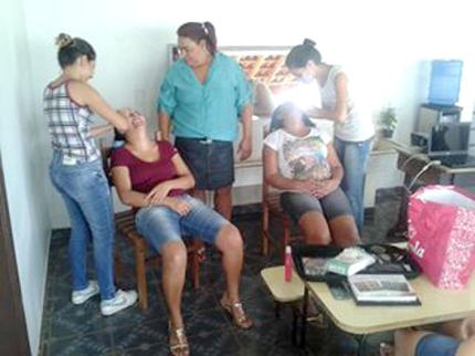 Curso de Maquiagem em Nova Luzitânia