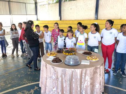 Professoras inovam em aula para estimular aprendizado de alunos em Nova Luzitânia