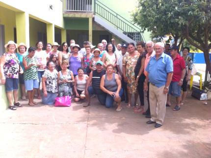 Grupo da Terceira Idade de Nova Luzitânia vai a Lagoa Santa em Goiás