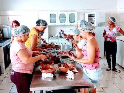 Assistência Social inicia Cursos de Ovos de Páscoa