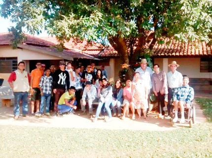 Vice-prefeito visita Casa Vovó Jerônima