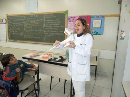 Divisão de Saúde de Nova Luzitânia orienta crianças