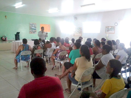 CRAS de Nova Luzitânia realiza encontro com beneficiários de programas sociais