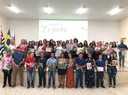 Curso de Auxiliar de Cozinha em Nova Luzitânia