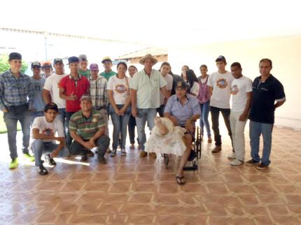 Jovens Agricultores de Nova Luzitânia promovem ação comunitária