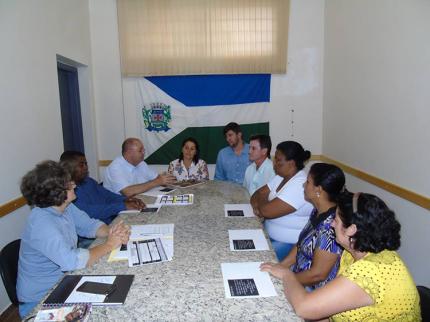 Conselho de Assistência Social realiza reunião mensal sobre seu funcionamento