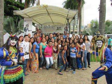 Visita do Ação Jovem e Escola Estadual de Nova Luzitânia à Interart 2016