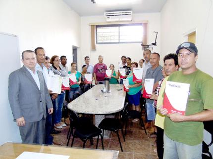 Proprietários legalizam imóveis através do Programa Cidade Legal em Nova Luzitânia